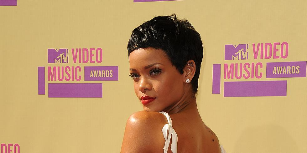LOS ANGELES, CA - SEPTEMBER 6: Rihanna arrives at the 2012 MTV Video Music Awards at Staples Center on September 6, 2012 in Los Angeles, California. (Photo by Kirkland/PictureGroup)