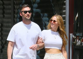 New York, NY  - *EXCLUSIVE*  - Jennifer Lawrence and Cooke Maroney are a matching duo while walking home arm in arm after a lunch date in SoHo.  Pictured: Jennifer Lawrence, Cooke Marony  BACKGRID USA 22 MAY 2021   USA: +1 310 798 9111 / usasales@backgrid.com  UK: +44 208 344 2007 / uksales@backgrid.com  *UK Clients - Pictures Containing Children Please Pixelate Face Prior To Publication*